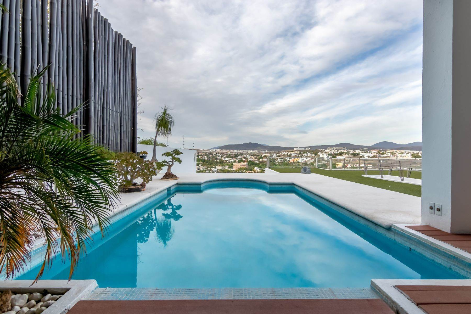 Single Family Homes for Sale at Casa de los Pelicanos Queretaro, Queretaro 76230 Mexico